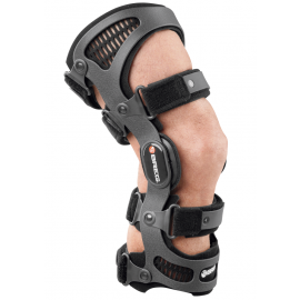 Custom Made or Off The Shelf Knee Braces – Which One is Better?