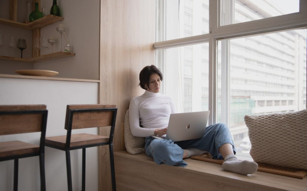 3 Easy Tweaks To Address Work-From-Home Aches & Pains